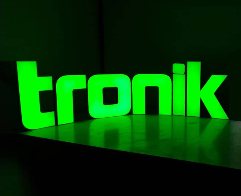 litery blokowe podświetlane 3d tronik - studio efekt