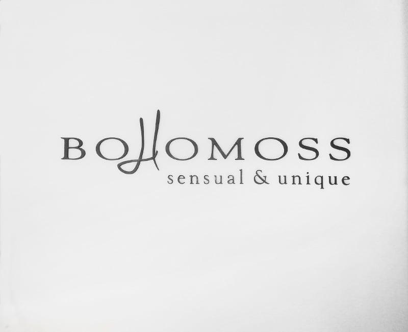 Logo 3D na ścianę czarne BOHOMOSS od Studio Efekt