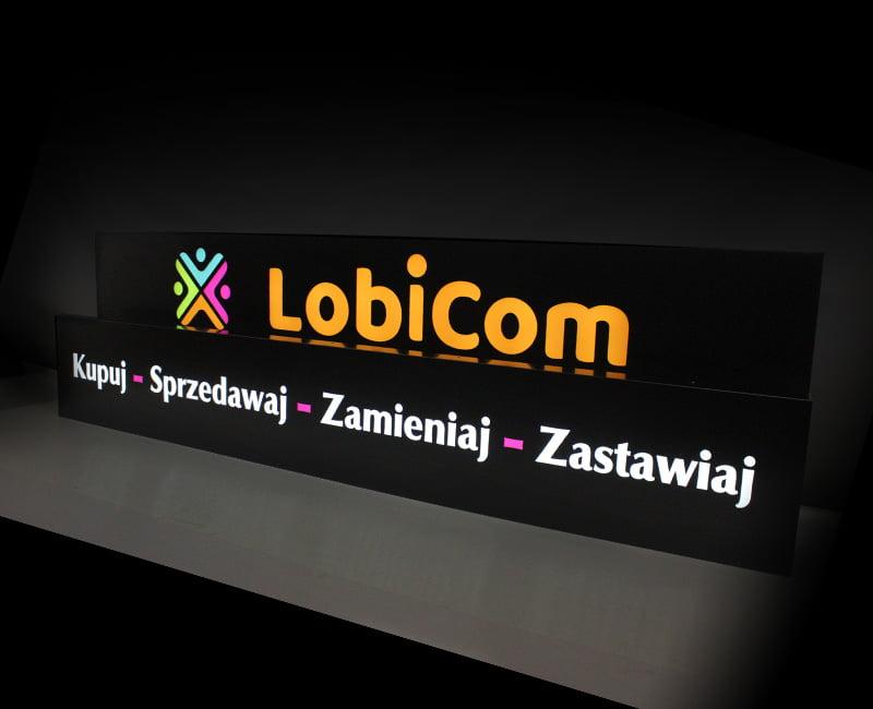 kaseton reklamowy podświetlany z dibondu lobicom od reklama efekt
