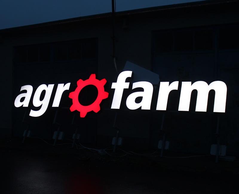 Litery 3D podświetlane dla agrofarm od Studio EFEKT