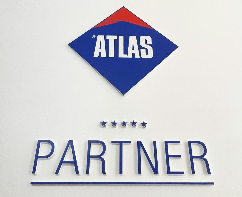 Logo przestrzenne Atlas na ścianę od Studio Efekt